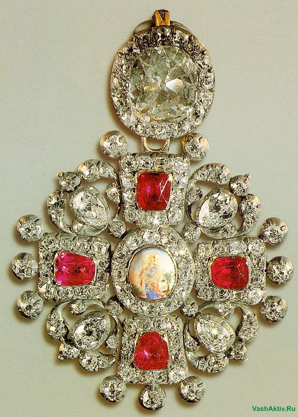 Фото украшений 18-19 века